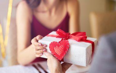 pos-display-valentines-day